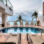 Sky Suite B terrace/pool