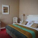 Photo de Hotel Le Saint-Pierre