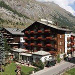 Photo of Hotel Chesa Valese