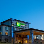 Photo de Holiday Inn Express Hotel & Suites Frazier Park