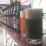 Más de 30 tipos de cervezas (nacionales y extranjeras)
