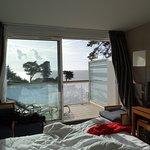 chambre vue mer avec balcon aménagé