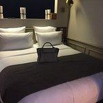 Photo de Hotel Verneuil