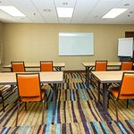 Jordan Creek Meeting Room – Classroom Setup