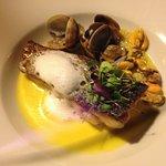 Fillet de poisson de mer avec sauce au safran