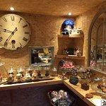 Manuelas Wee Bakery