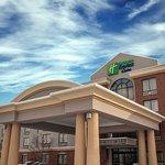 Holiday Inn Express Buffalo Airport