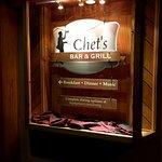 Chet's