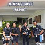 Minang Cove Dive Team