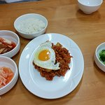Kimchi fried rice with side dishes