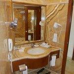 belle salle de bain en marbre