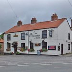 Good quality home cooked food. Dog friendly. Entertainment every weekend. Cask ales