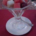 coupe de fruits en dessert