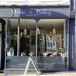 Motte & Bailey Cafe