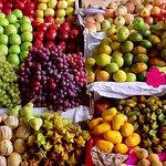 frutas en el mercado de San Pedro