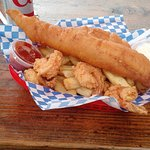 Photo de The Codmother Fish & Chips
