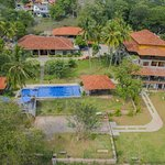 New Hotel In Kandy(MONTY)   081 2423680