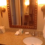 vanity area (rm 222)