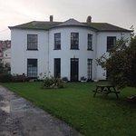 Laston House Foto