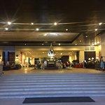 Photo de Petcharat Garden Hotel