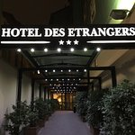 Photo of Des Etrangers