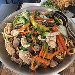Fried noodles, meat, vegetables