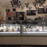 Photo de Gio's Gelateria & Caffe