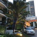 Photo de Beverly Hills Plaza Hotel
