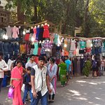 road side vendors on Linking Road