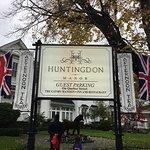 Huntingdon Manor Hotel Foto