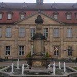 """Welcome Hotel Residenzschloss Bamberg: Die Außenfassade täuscht über die """"inneren Werte"""" des Hau"""