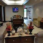 Foto de Wingfield Inn & Suites