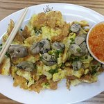 Singaporean food at Makansutra Megamall