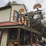 Foto de Lost Maples Cafe