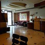 Hotel Sharanam Foto