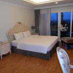 LK Noble Suite