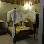 Deluxe fan bedroom