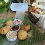 Photo de Sea Side Restaurant
