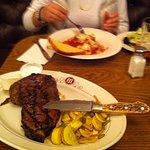 Steak mit richtigen Messer