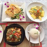 Phad Thai, Cambodia Chicken Curry, Green Mango Salad,