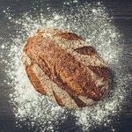 Vi tilsetter ingen kunstige tilsetningsstoffer i brødene våre