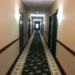 Country Inn & Suites - hallway
