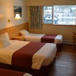 Canadas Best Value Inn
