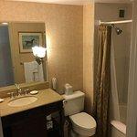 Nice clean bathroom in room 929