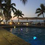 Merville Beach Hotel Foto