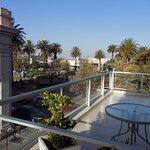 balcon amplio y buena vista