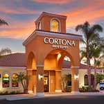 Photo de Cortona Inn & Suites Anaheim Resort
