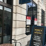Henry's Cafe Bar - Piccadilly