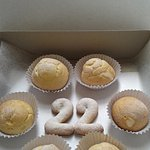 celebrating 22nd birthday of my sincere guest... with 22 pieces of cream puff