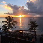 Tropical Sunset Beach Apartment Hotel Photo